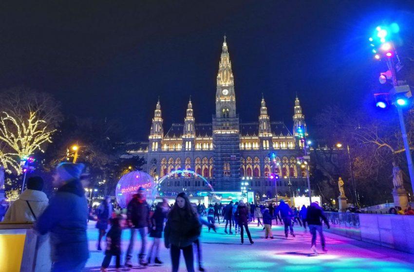 surroundings rudeness vienna austria