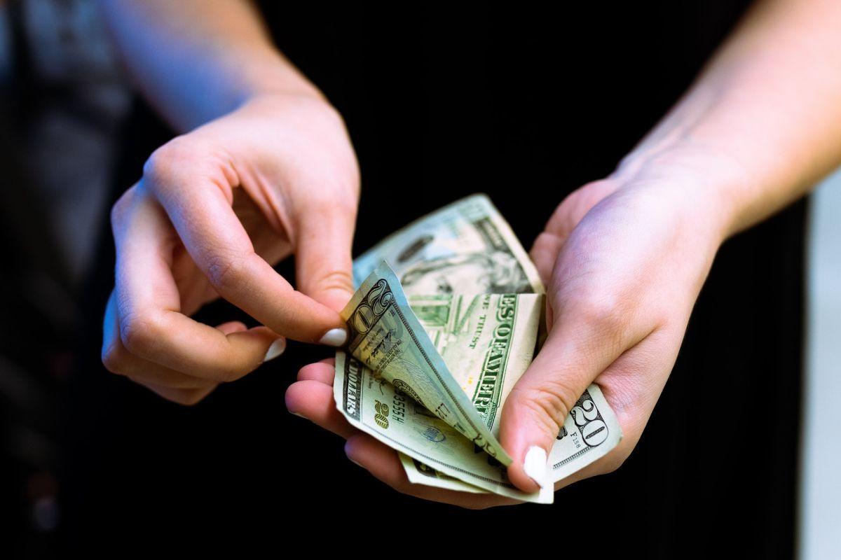 money freelance writer 2020